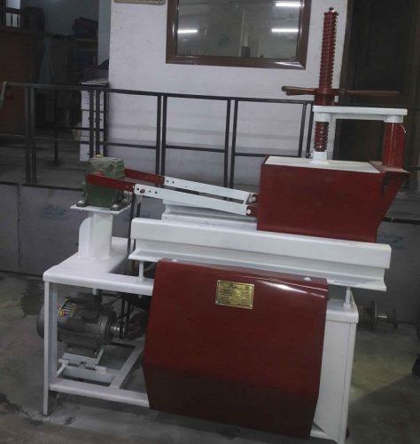 توريد-وتصنيع-ماكينات-نشارة-الخشب