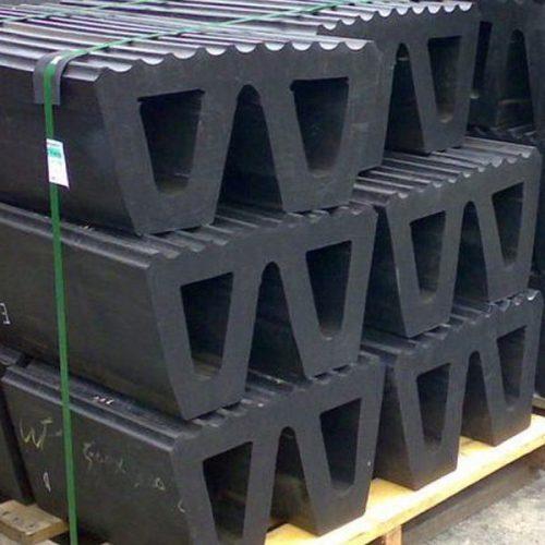 تصنيع-وتوريد-مصدات-W-للاستخدام-فى-القوس-و-مؤخرة-القاطرات-،-زوارق-العمل-و-كاسحات-الجليد
