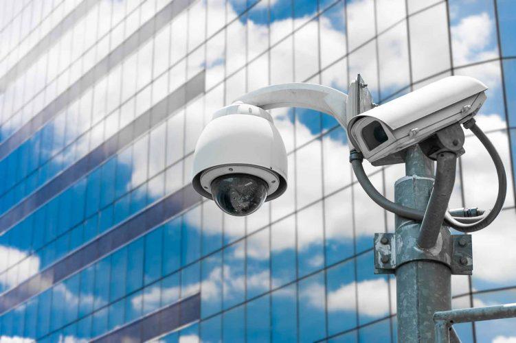 الكاميرات-وأنظمة-المراقبة